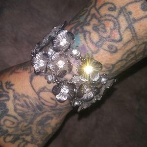 Beautiful flowered bracelet